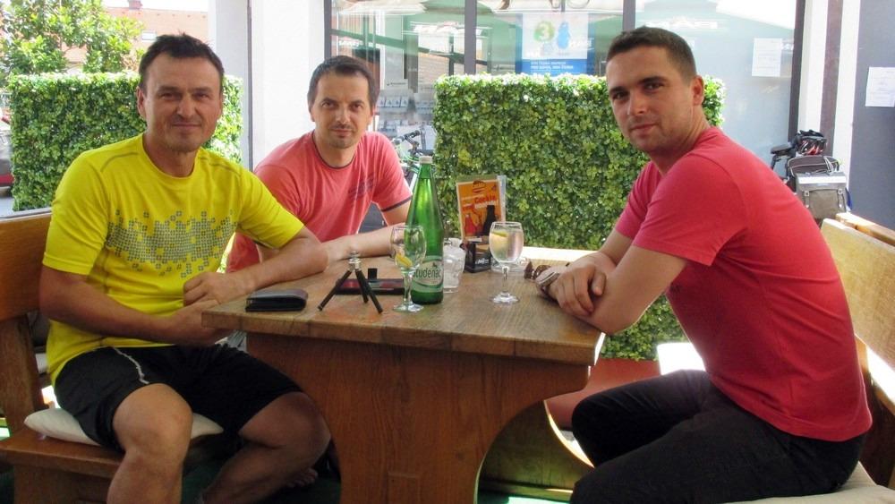 Besplatni ručak u Požegi - hvala dečki :-)